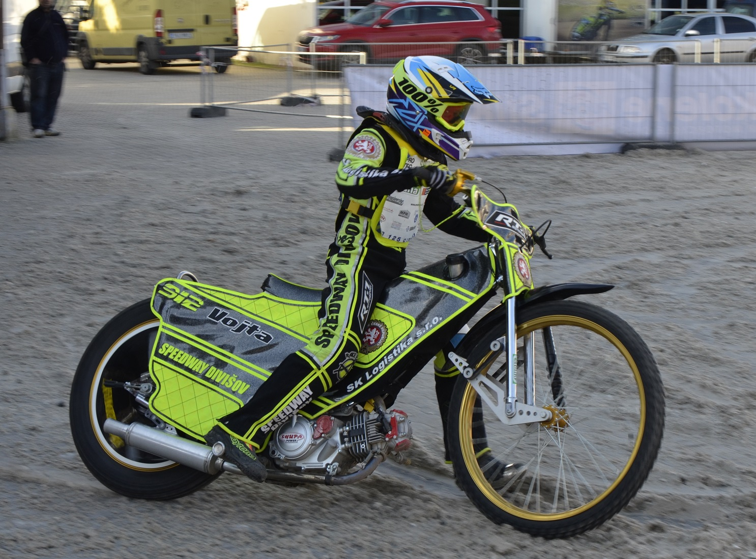 Motocykl závodů na ploché dráze