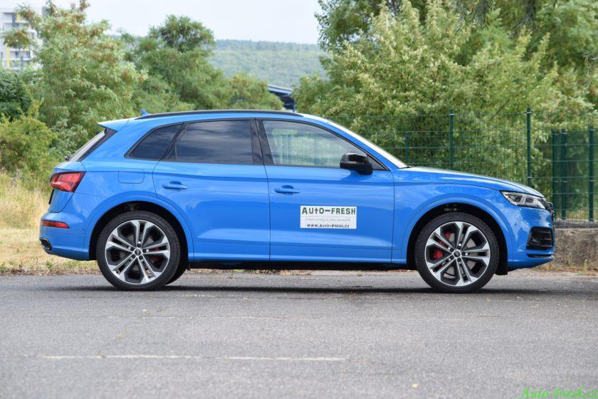 Audi SQ5 bok