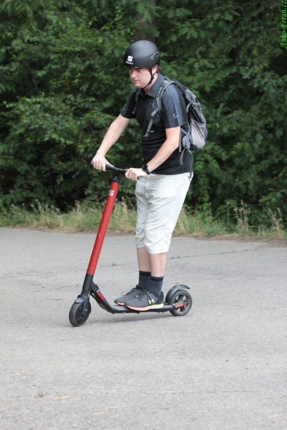 Koloběžka KickScooter Jízda