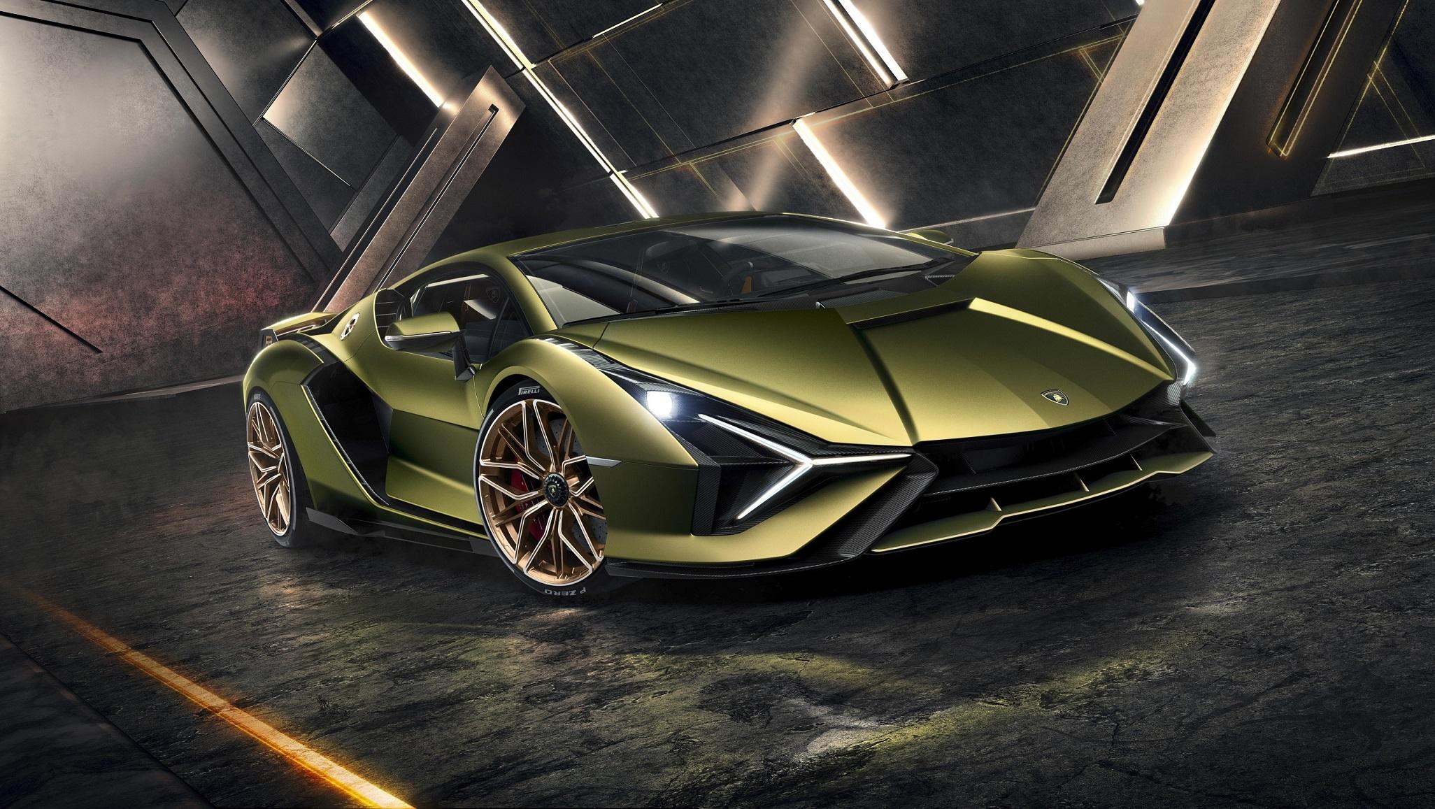Lamborghini Sián Front