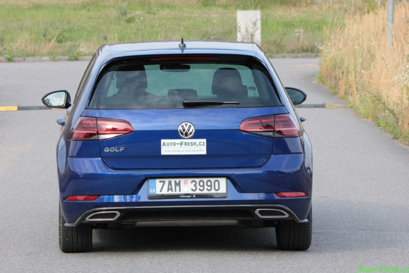 Volkswagen Golf R-line Back